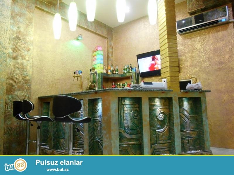 **РУФАТ*АЙНУР**Срочно продается готовый чай еви, возле ресторана *Таджмахал*в Ахмедлах,1 9,94 кв...