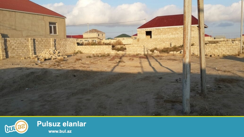 Hovsan Qesebesinde,<br /> Denize yaxin erazide,  Senedli...