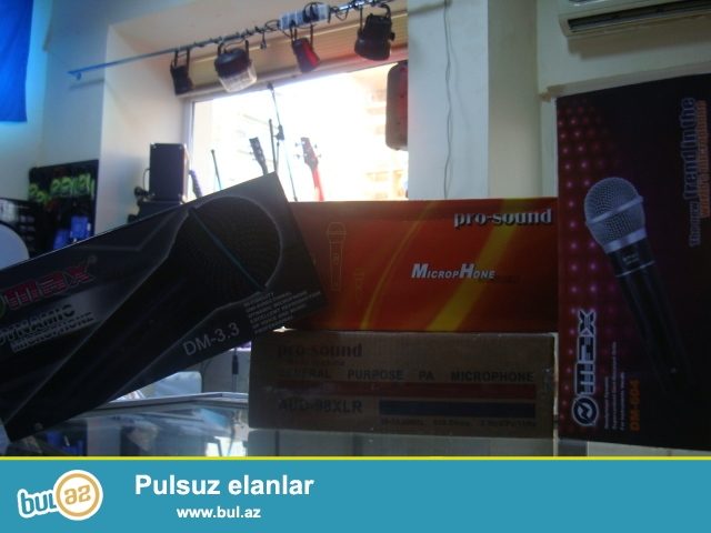 Max prosound sirketlerine mexsus mikrafonlar. <br /> Usulitel mikser Karaoke , Tv , DVD , Kalonkalara qoshula bilen profesional ses efekti...