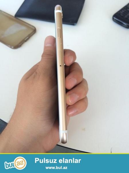 16 GB...Tam Ideal veziyetdedir.wekilde gorsenen altda xirdaca batig kimi var odaki goze gorunmur...