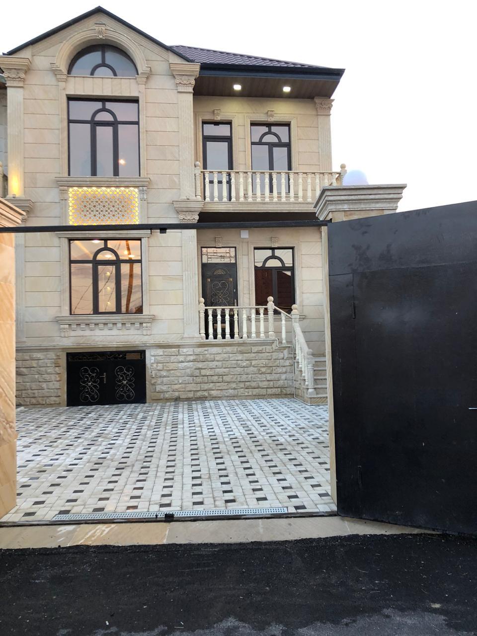 Biləcəri qəs. Orxan marketin yaxınlığında mərkəz prospekt