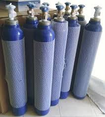 Tibbi oksigen balonlarının doldurulması heftede 7 gün 24 saat 98% TƏRKİB İLƏ.  10 litrlik balon - 5 Azn