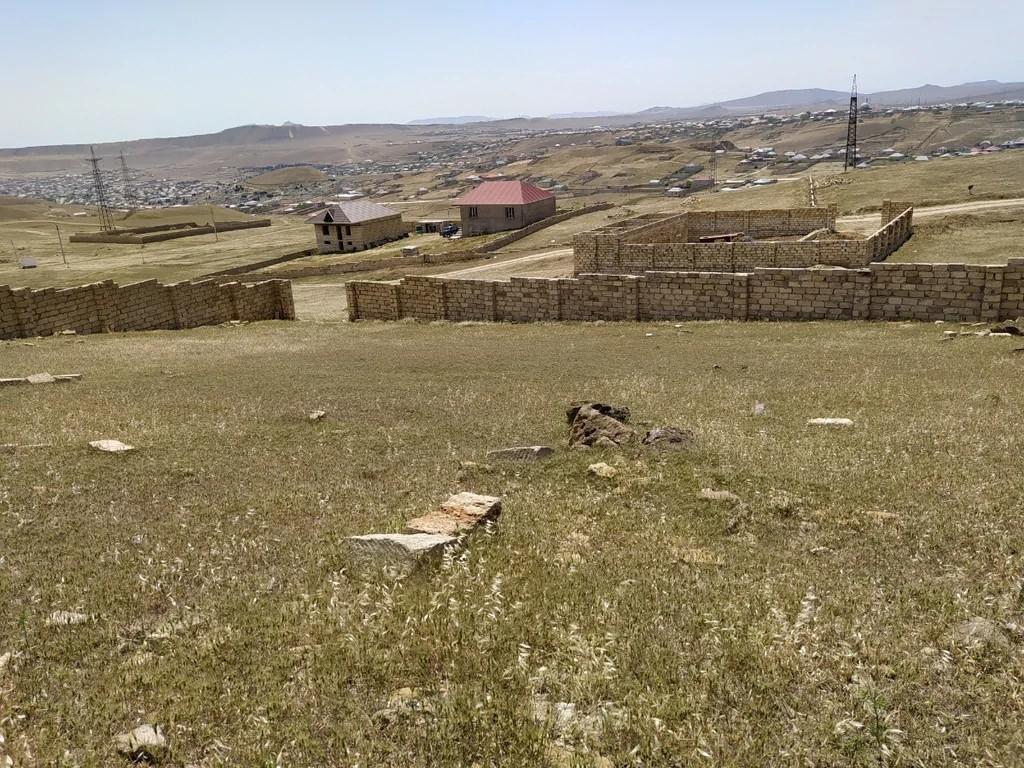 Təcili Hokumeli quruqunan 100 metir yuxarıda hasara alınmış