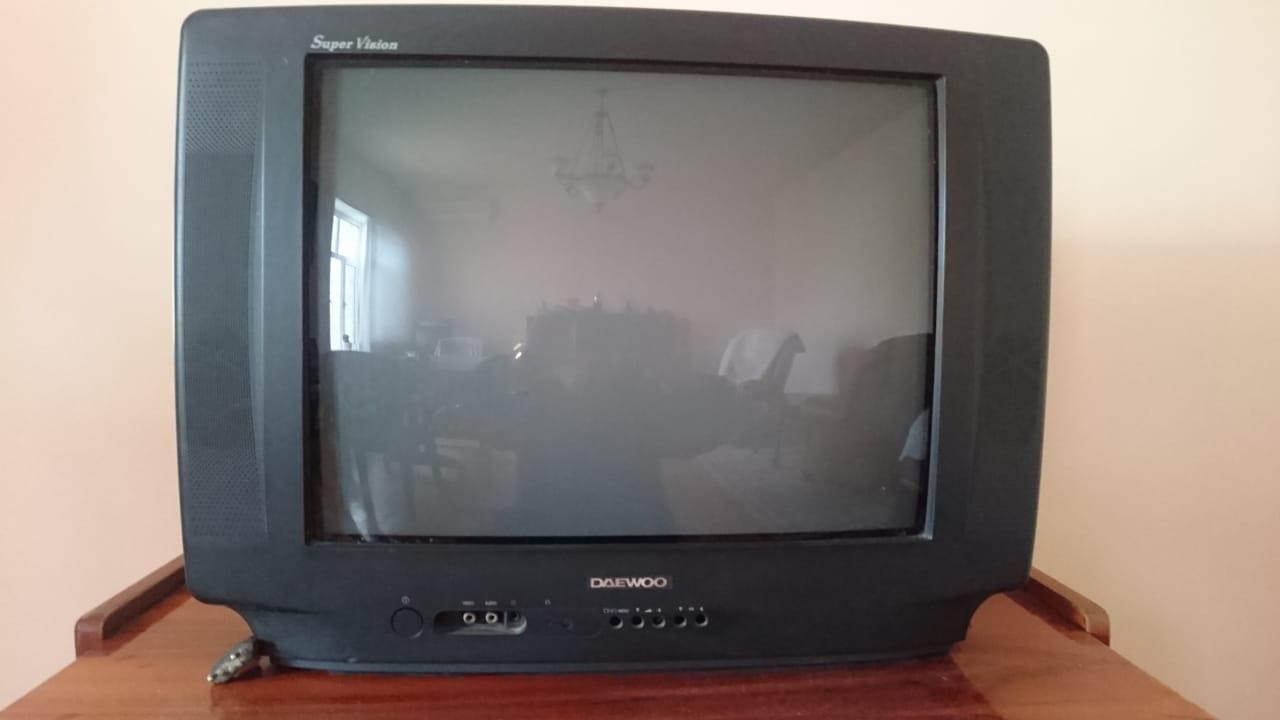 Продается б/у телевизор DAEWOO в очень хорошем состоянии.