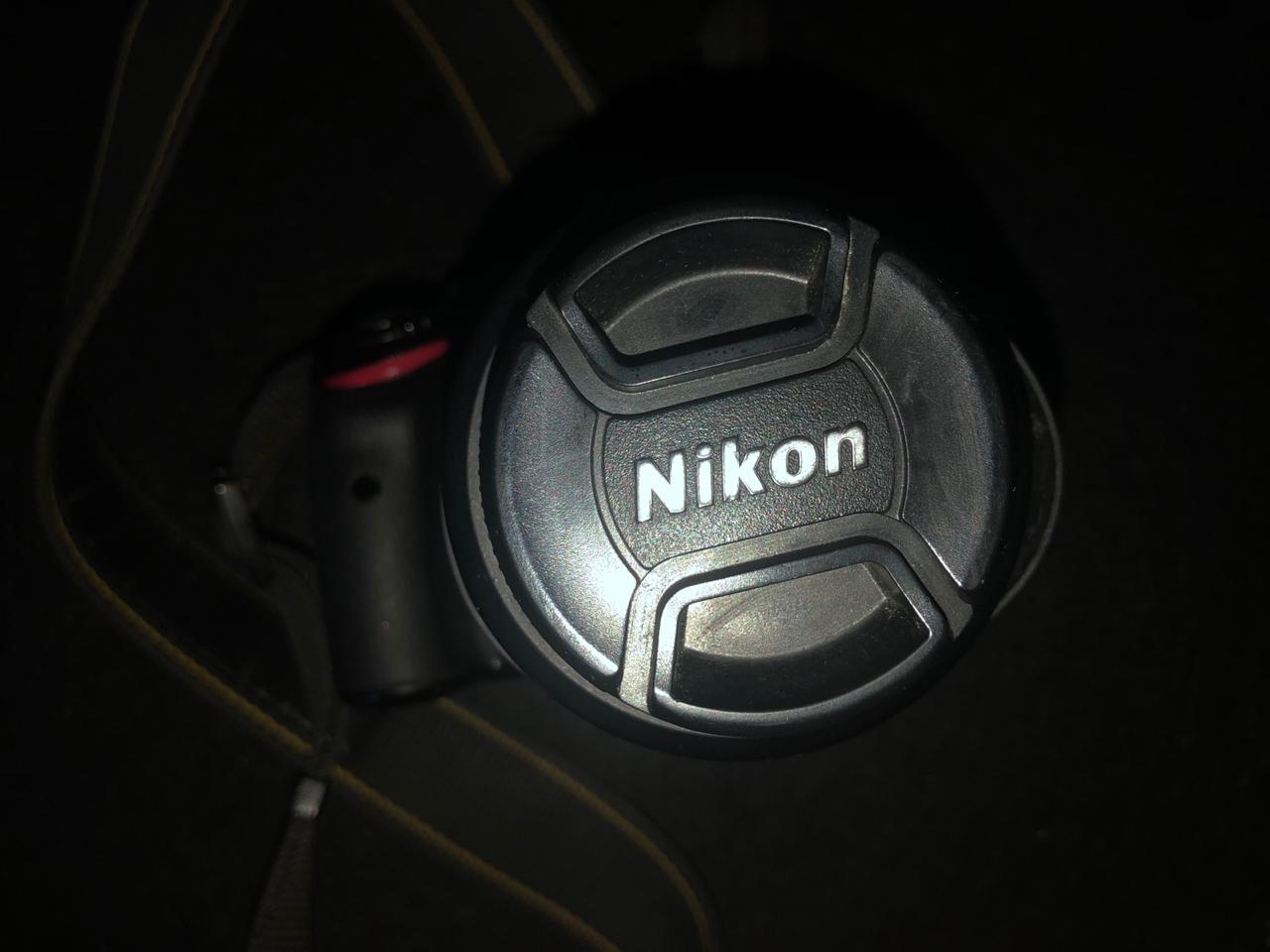 Nikon D5100 18-55mm linza 16.2 megapixel 1080p HD video 360