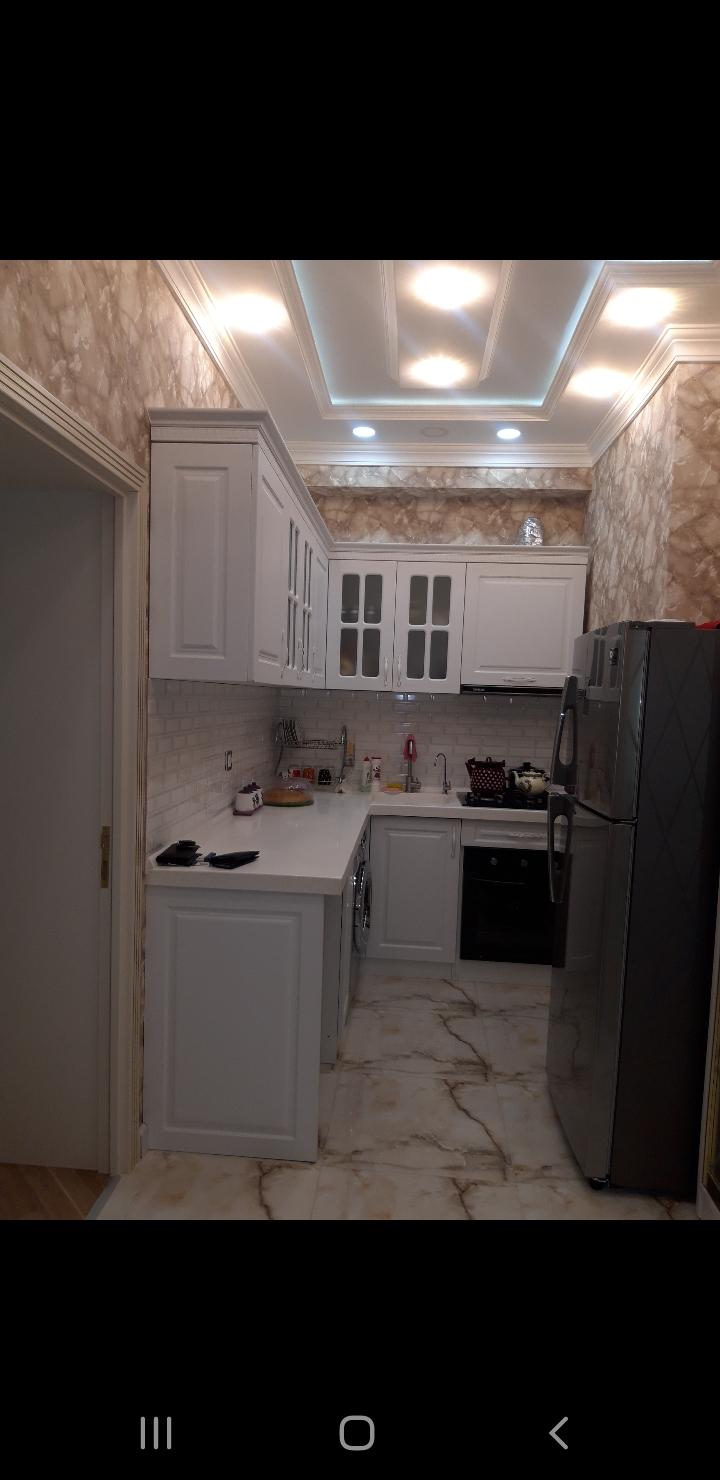 Yeni Yasamal Qələbə Rezident 19/3 mərtəbəsi,70 kv, əşyalı