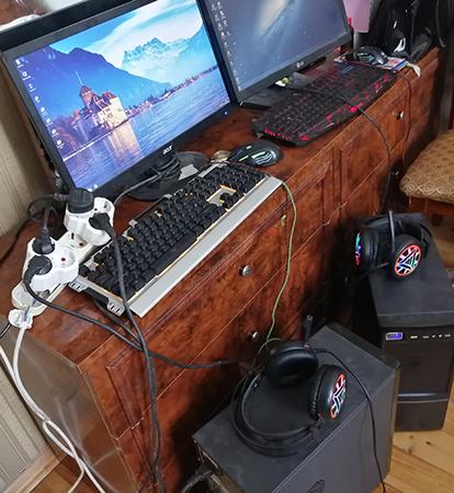Hem Dizayn programlasdirma isleri, hem ofis , hemde gaming pc kimi istifade ede bilersiz. Say coxdur. Programlari ve oyunculari yuksek qrafikada donmadan acir: Autocad, Corel Draw, Photoshop.  Butun komputerlere tam zemanet verilir. Uzerinde professional mouse, klaviatura ve qulaqciq desti hediyye edilir.   Parametrleri: - Monitor 22* LG led - Core i5, 3.2 up to 3.6 Ghz - Ana plata MSİ 1155 - HDD 500 Gb - Ram DDR3 - 8gb - VideoKart GT 630 (2gb) 128 bit  - Blok Ptaniya 400 W - CPU FAN - Windows 7 Pro 64 bit  Parametrleri: - Monitor 22* Dell Ips  - Core i5 (3470) 3.4 Ghz - Ana plata MSİ 1155 - HDD 500 Gb - Ram DDR3 - 16gb - VideoKart GTX 650 (2gb) Ti 256 bit - Blok Ptaniya 600 W - CPU FAN - Windows 10 Pro 64 bit  Oyunlari yuksek grafikada donmadan acir:  1. Gta 5 – 2. Pubg Mobile 3. Fortnite -  4. Dota 2 5. Counter-Strike Global offensive  Istediyiniz oyunu yuksek qrafikada ela oynaya bilersiz.