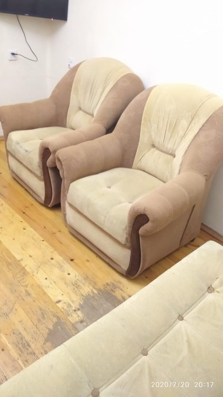 Ishlenmish divan kreslo satilir.Yaxshi veziyyetde, Xetai rayonu NZS qesebesi