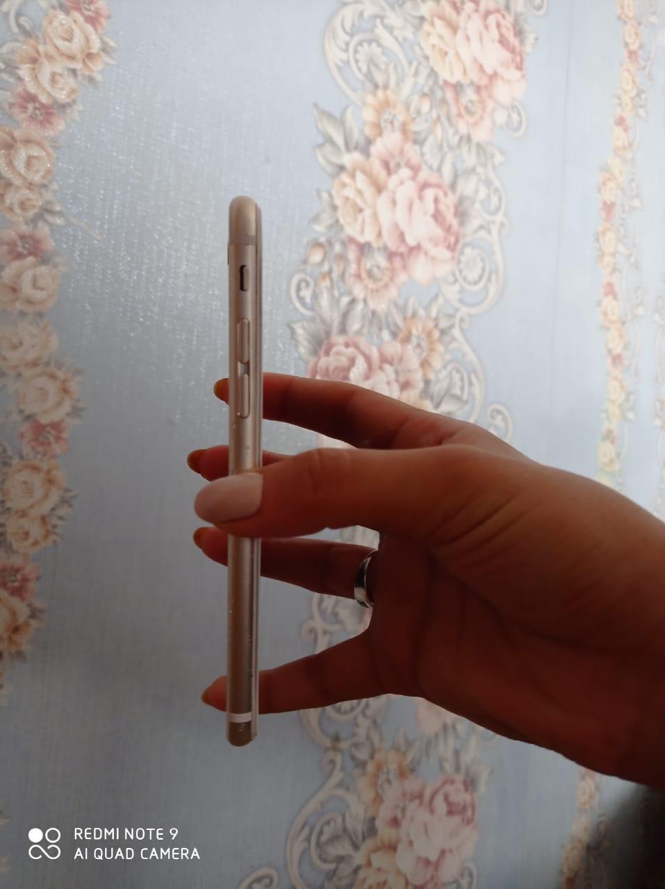 İphone 6 Gold satılır ela veziyyetdedi hecbir problemi