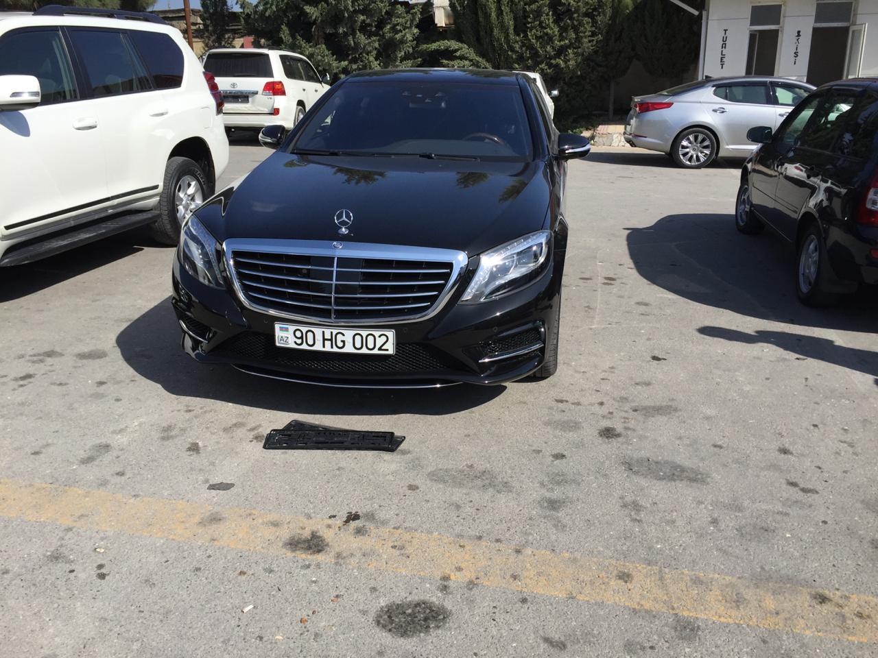 Mercedes S-classların kirayəsi. VİP Avtomobillərin icarəsi,