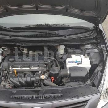 Hyundai i20 2009 il 1.4 motor 210000 yurus.Çox rahat və