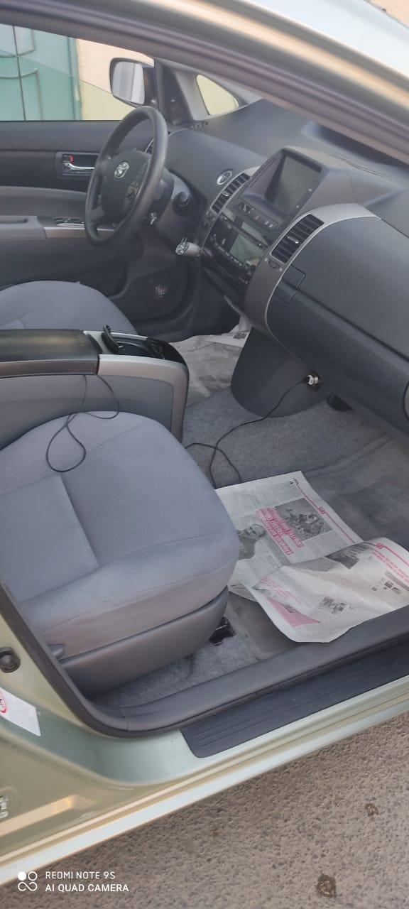 Toyota Prius 2007 satılır! İli 2007, vinkod 2008 . Ötürücü qabaq, benzin ,1.5 motor ,sükan sol,yürüş 161844 mil,təkəri,yağı təzə dəyişib nömrəsiz satılır. Qiyməti 12 000 azn. Ünvan Ağstafa. Bakıya çatdırılma var. Whatsapp aktivdir. 055 289 74 42