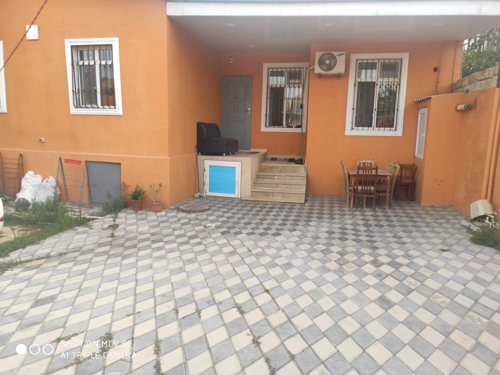 Sabuncu rayonu Zabrat qesebesinde merkezde 3 sotun icinden