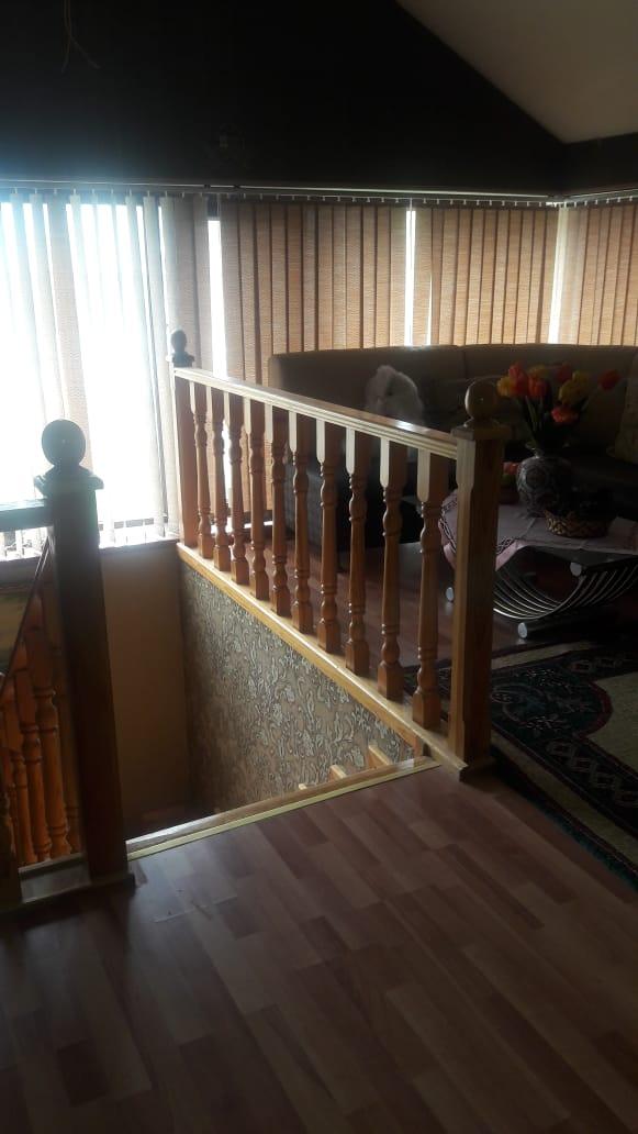 Sabuncu rayonu Zabrat qesebesi Kerpic zavodda 2,5 sotda 180 kv.m olan 3 otagli ev satilir.Ev temirli evdir otaglari geniw ve iwiglidir.Kombi sistemi de var.Senedi Belediyye sehadetnamesidir.Qiymeti 77000 manatdir.