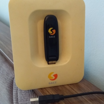SAZZ-internet modemi və gücləndiricisi. Təzəsindən