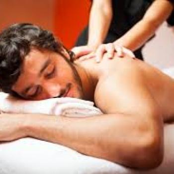 Yalnız bəylər üçün klassik, relax və bütün beden massaji.