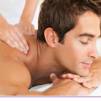 Müalicəvi, rahatladici massaj xidməti təklif edirem. Çay,