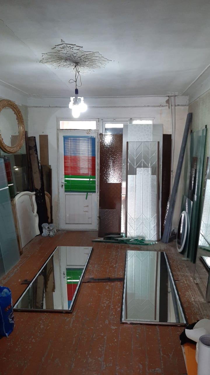 Xətai rayonu Xudu məmmədov küçəsində 5 mərtəbəli binanın