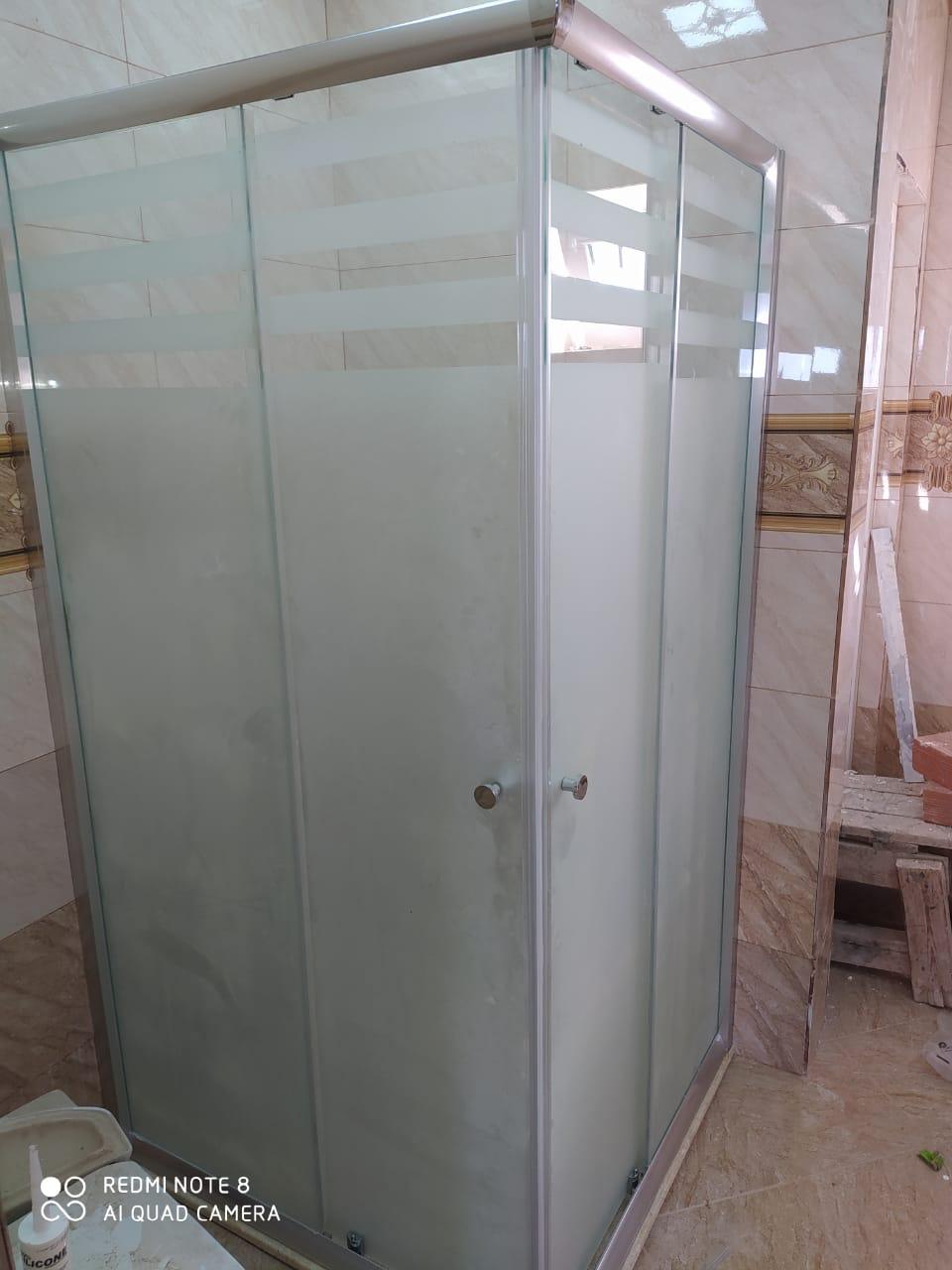 Zavod olaraq UcUZ QiYMetLerLe *duş kabinə satışı və