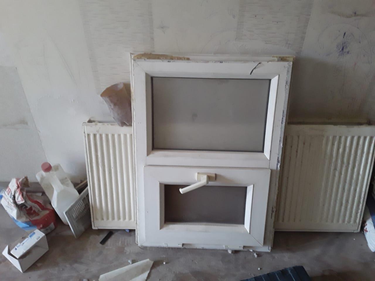 Plastik pencere ev remont olundugu ucun satiram .2