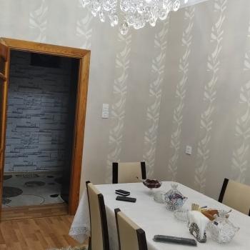 Sabunçu rayonu Bakıxanov qəsəbəsi Sülh küçəsi yol qırağı