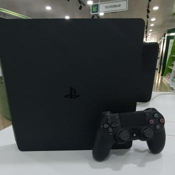 Sony PlayStation4 (500 gb) Nağd və İlkin Ödənişlə