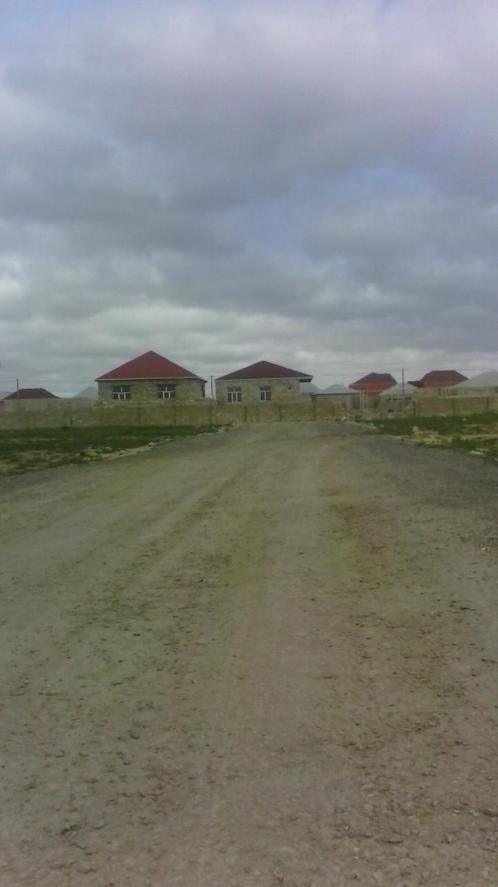 Yeni Ramana Qesebesinde, Senedli torpaq Satilir. Notarial