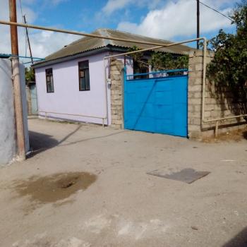 Heyet evi SATILIR ……Pirallahi qesebesinde denizden 300 metr