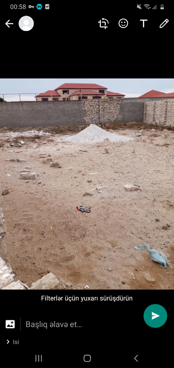 Şuvelan kendinde denize yaxin 6sot torpag sahesi hasari qapi yerisi var
