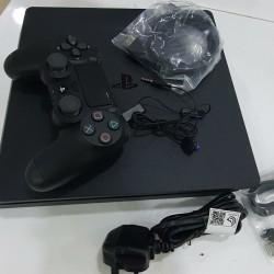 Sony PlayStation 4 (1TB) İlkin Ödəniş 170 AZN 8 Aya 148 AZN