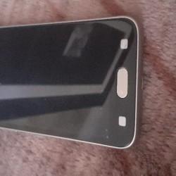 Samsung galaxy j 2 (18) telefon ideal veziyyetdedir hec bir