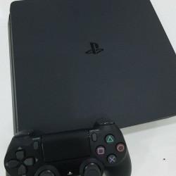 Sony PlayStation 4 (500 gb) İlkin Ödəniş 150 AZN 10 Aya