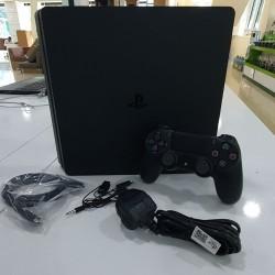 Sony PlayStation 4 (500GB) Nağd və Hissə-Hissə (İlkin