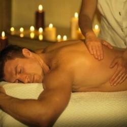 Peşəkar masajçıdan zövq almaq istəyirsiniz? Onda masaj üçün
