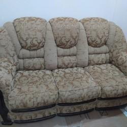 Ishlenmish qapi 50 divan kreslo 150 yaxshi veziyyetdedir