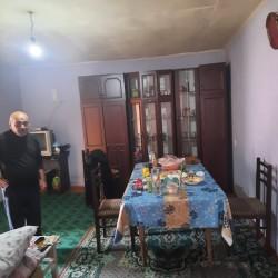 Maştağa qəsəbəsində Karyer yolunda marşurut yoluna lap