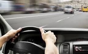 Taxi sirketine suruculer teleb olunur.Telebler 1.Suruculuk