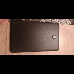 Samsung Tab E..yeni kimidir Az islenib..her bir funksiyasi