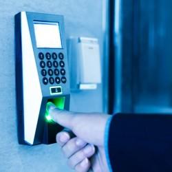 Elektron qapilar Biometrik kecid sistemleri Işçi heyətinə