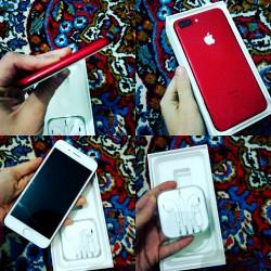 Qırmızı rəng Ipone 7+ yaddaş 128 GB, 1 ilin telefonu təzə