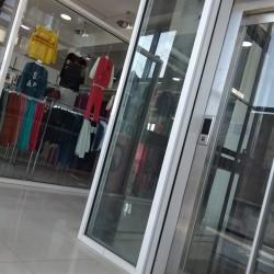 TICARƏT MƏRKƏZİ satılır 3000 kv.m Brend Market, Texnıka