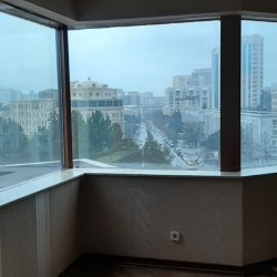 Nesimi rayonu Moskva pr 20 unvaninda her bir sheraiti olan