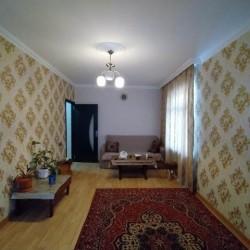 Xətai rayonu Sarayevo küçəsi,Baki kinotiyatirin