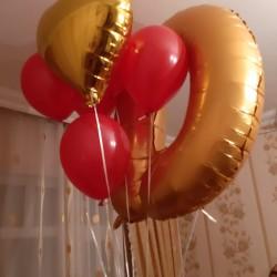 Helium ve adi sarlarla bezedilme. Dizayn xidmetleri. Helium