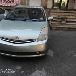Toyota Prius arendaya verilir (depozit 450 AZN) İL-2008