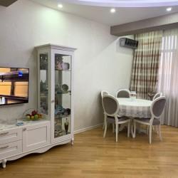 ULVİ COMPANY Yeni tikili evi sizlərə təklif edir . AAAF