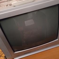Televizor satılır, əla vəziyyətdədir, heç bir problemi