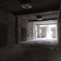 Bakı Dövlət Universitetinin yanı 53 nömrəli məktəbnən