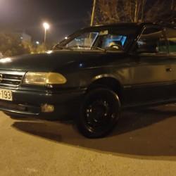 Opel Astra satılır.İli 1994, mator 1.6, yanacaq benzin,luku