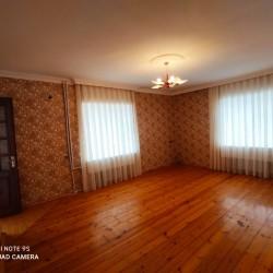 Qara Qarayev metrosu . M . Şərifli küçəsi . Bina 82 .